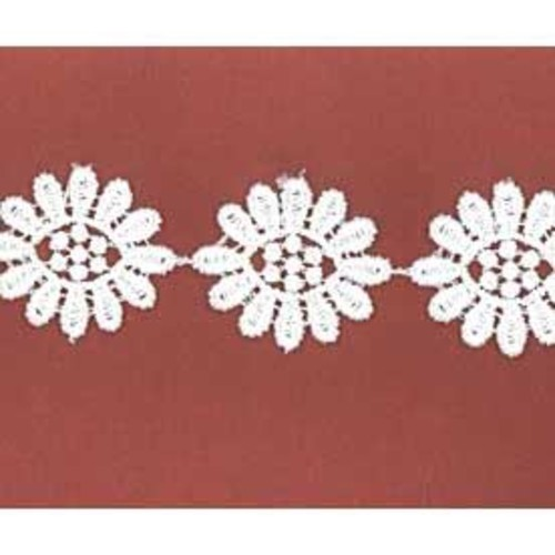 25mm x 27.4m Daisy Lace White Card