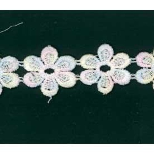 25mm x 27.4m Daisy Lace Multi Pastel Card